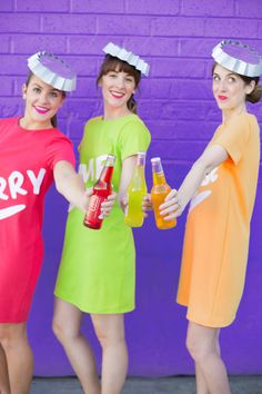 How To Make Soda Bottle Costumes | studiodiy.com Diy Couples Costumes, Food Costumes, Easy Halloween Costumes, Fancy Costumes, Carnival Costumes, Halloween Diy, Diy Costumes, Costume Ideas, Happy Halloween