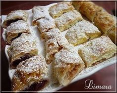 Need to translate recipe! Hungarian Strudel, filled with sour cherry or peach or cottage cheese or with anything tasty. Hungarian Cookies, Hungarian Desserts, Hungarian Cake, Hungarian Cuisine, Ukrainian Recipes, Croatian Recipes, Hungarian Recipes, Hungarian Food, Sweet Recipes