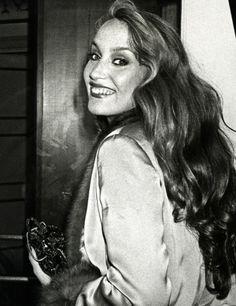 Jerry Hall, 1971