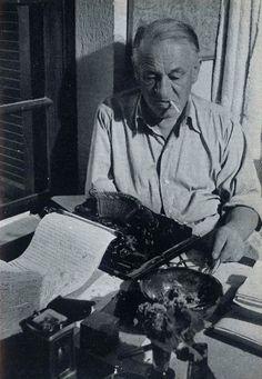 Blaise Cendrars (1887-1961), poète, romancier et essayiste français, auteur de l'Or, dont l'œuvre poétique est vouée à l'aventure et à la conquête symbolique du monde.
