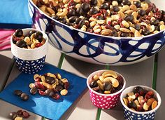 BROOKSIDE Signature Trail Mix