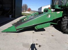 John Deere 643 header salvaged for used parts. This unit is available at All States Ag Parts in Bridgeport, NE. Call 877-530-5010 parts. Unit ID#: EQ-23740. The photo depicts the equipment in the condition it arrived at our salvage yard. Parts shown may or may not still be available. http://www.TractorPartsASAP.com