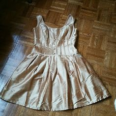Kay Unger dress Worn once! Like new condition Kay Unger golden colored dress.  Very flattering dress. Entertaining offers via the offer button Kay Unger Dresses