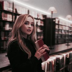Nude color library ♥ Nude color library ♥Best Celebrity Hairstyles - Iconic HairstylesThe 14 Best Products for Natural Curly Hair Disney Channel, Makeup Photography, Photography Women, Food Photography, Sabrina Carpenter Outfits, Ft Tumblr, Girl Meets World, Famous Girls, Nude Color