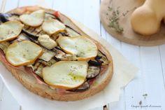 Il crostone cotto melanzane e scamorza è un secondo piatto sfizioso, semplice e veloce da preparare, ptimmo per una cena all'ultimo momento!