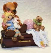 I have always loved tiny things and polymer clay has made it possible to combine two of my passions. Bears, bear friends, toys and anything small. The clay. Teddy Bear Shop, Polymer Clay Projects, Miniature Dolls, Dollhouse Miniatures, Baby Room, Bunnies, Bears, Random Stuff, Nursery