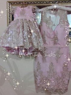 Maravilhosos vestidos em renda francesa. Pode ser feito em outras cores também. Fazemos sob encomenda e sob medida. Super luxo para rainhas e princesas!!!