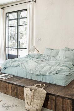 Dusty Blue Linen Bedding Collection - Add calm and a fresh look to your bedroom decor with our newest addition: Linen sheets in a subtle - Washed Linen Duvet Cover, Bed Linen Sets, Duvet Sets, Duvet Cover Sets, King Bedding Sets, Linen Sheets, Linen Bedding, Linen Fabric, Cute Bed Sheets