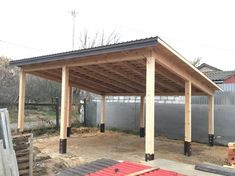 The wooden pergola is a good solution to add beauty to your garden. If you are not ready to spend thousands of dollars for building a cozy pergola then you may devise new strategies of trying out something different so that you can re Carport Garage, Pergola Carport, Building A Pergola, Pergola Patio, Backyard Patio, Rustic Pergola, Carport Plans, White Pergola, Pergola Shade