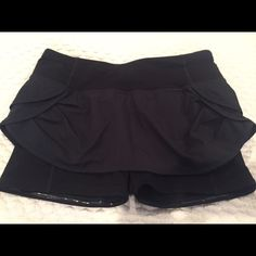Lululemon athletica running skirt size 6 I bought this skirt because I thought it was cute for a run. Then I got home and realized that I hate running. Wore it once. It's been in my closet ever since. Size 6. Excellent condition. lululemon athletica Skirts