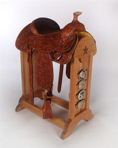 Always wanted saddle rack for the living room Horse Stalls, Horse Barns, Horses, Horse Horse, Western Crafts, Western Decor, Western Horse Tack, Western Saddles, Horse Gear