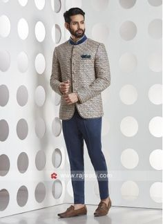 Looking for the latest Jodhpuri suits for mens? Shop online from a wide range of Jodhpuri suit online India in the latest designs incl. party and wedding. Mens Wedding Wear Indian, Blazer For Men Wedding, Wedding Dresses Men Indian, Formal Dresses For Men, Formal Men Outfit, Wedding Dress Men, Wedding Couples, Indian Men Fashion, Mens Fashion Suits