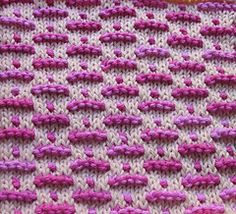 Atomic dishcloth by Nanette Cormack - cool stitch pattern for scarf or...