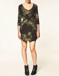 Tem como não amar os vestidos da Zara?