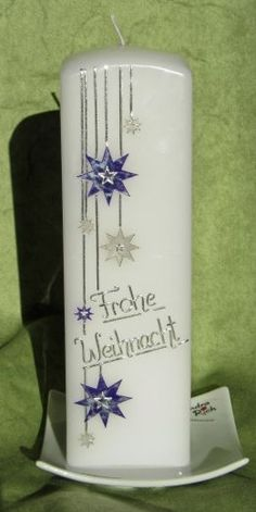 Weihnachtskerze The post Weihnachtskerze appeared first on Dekoration. Candle Art, Arabesque, Hand Carved, Christmas Ornaments, Crafts, Trends, Handmade Candles, Xmas, Craft