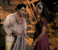 Sarita tem plano e quer a ajuda de Zé (Foto: TV Globo)