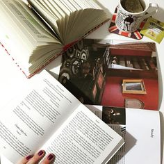 Tempest #charlesdickens #davidcopperfield #nowreading #tea #twinings #alokadascanecas