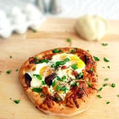 Breakfast Pizza recipe. Pinterest :: Danyellesibert