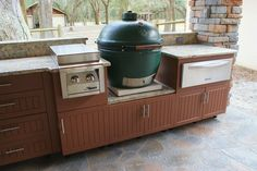 Weatherproof Polymer Cabinetry in Southwest Florida modern patio Inexpensive Kitchen Cabinets, Kitchen Cabinets Home Depot, Kitchen Cabinet Interior, Kitchen Cabinets And Countertops, Outdoor Kitchen Countertops, Kitchen Cabinet Styles, Kitchen Backsplash, Big Green Egg Outdoor Kitchen, Outdoor Kitchen Kits