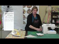MSQ Co-Jenny Doan shows how to make a fast and easy-(foundation piecing) Spiderweb Quilt using the Wacky Web template, some scraps, paper for paper piecing, and Lapel Stick. Quilting Tips, Quilting Tutorials, Msqc Tutorials, Paper Piecing Patterns, Quilt Patterns, Jenny Doan Tutorials, Missouri Star Quilt Tutorials, Easy Quilts, Quilt Blocks