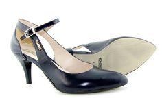Dámske praktické sandálky tmavo-modrej farby. Lodičky na rôznu príležitosť. Výmena možná do 14 dní.