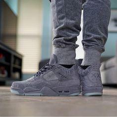 KAWS x Jordan