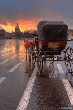 Palace Square, St Petersburg, Russia, and a cab of the 19th century -integration of past and nowadays