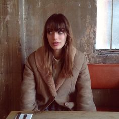 Louise Follain