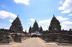 Candi Sewu, Central Java - copyright architectureofbuddhism.com - read the travel diary at http://architectureofbuddhism.com/books/temples-borobudur-region-travel-diary-day-one/