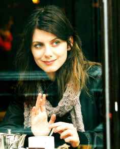 Melanie Laurent Melanie Laurent, French Film, Nastassja Kinski, Beautiful People, Beautiful Women, Celebrity Updates, Portraits, French Beauty, Cute Beauty