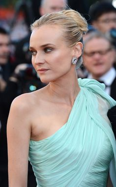 Festival de Cine de Cannes 2012: Diane Kruger de Giambattista Valli