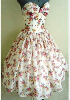 Anyone going to a 50's theme party? If you this you would be the apple of everyone's eyes!