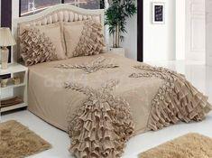 Luxury Bedroom Sets, Luxurious Bedrooms, Dream Bedroom, Luxury Bedding, Beautiful Bedding Sets, Beautiful Bedrooms, Bed Crown Canopy, Wedding Bed, Bed Sets