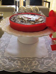 E este foi o bolo do Natal-com Bordado Madeira é claro!! #cake #christmas #madeiraembroidery #handmade #bordal