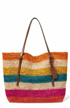 Polo Ralph Lauren Stripe Raffia Tote Choosing bags in accordance with physique Bags are probably Crochet Shell Stitch, Crochet Tote, Crochet Handbags, Crochet Purses, Crochet Woman, Knitted Bags, Handmade Bags, Women's Shoes, Purses And Bags