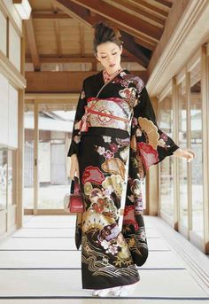 Modeling contemporary furisode. Japan