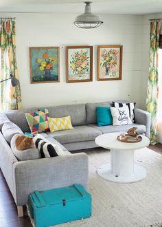 Bring Summer Fun into Your Home Indian Living Rooms, Living Room Modern, Living Room Sofa, Living Room Decor, Sofa Design, Interior Design, Pattern Floral, Bedroom Color Schemes, Indian Home Decor