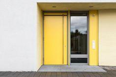 Haustür Wohnhaus © Matthias Buehner