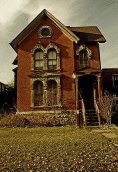 Trumbull St Victorian, Detroit by Equinox27, via Flickr