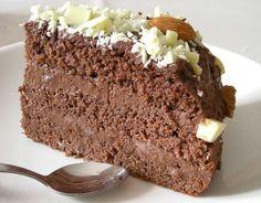 """Solenizant zażyczył sobie """"bardzo czekoladowego tortu"""", no to taki właśnie dostał na urodziny. I zajadał nim się, aż mu się uszy trzęsły:) ... Sweet Recipes, Cake Recipes, Cinnamon Roll Pancakes, Polish Recipes, Chocolate Cake, Banana Bread, Food To Make, Cooking Recipes, Yummy Food"""