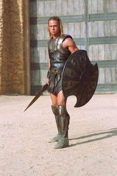 Brad Pitt in Troy, 2004 Greek Warrior, Viking Warrior, Fantasy Warrior, Hood By Air, Troy Achilles, Troy Movie, Macho Alfa, Tyler Mane, Assassins Creed Art