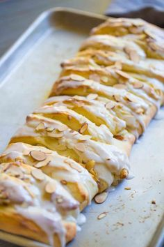 Scrumptious homemade apple strudel is the perfect Danish pastry to bake up for apple season! Right now I have over a dozen glorious red and green apples sitting in a lovely bowl on my countertop. Strudel Recipes, Breakfast Recipes, Dessert Recipes, Drink Recipes, Food Stamps, Food Cravings, Fall Recipes, Green Apple Recipes, Easter Recipes