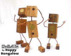 Happy-Bungalow-wood-robot