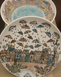"""79 Beğenme, 1 Yorum - Instagram'da Çini Üzerine (@cini_uzerine): """"By @meltemleguzelseyler #çini #çinisanatı #çiniboyama #çinidesen #çinitabak #çinitakı #çiniaşkı…"""" Pottery Painting, Ceramic Painting, Ceramic Art, Painted Ceramic Plates, Hand Painted Ceramics, Pottery Store, Turkish Art, Plate Art, China Painting"""