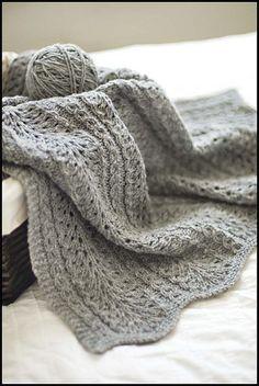 Shale pattern baby blanket: Knitting tutorial