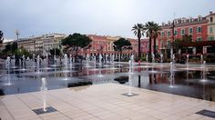 looking towards place massena from the pavement fountain: http://www.europealacarte.co.uk/blog/2016/04/21/place-massena-in-nice-france/
