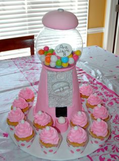 gumball cake | Buttercream Gumball Machine Cake Cheated With A Small Glass Fish ...