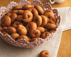 Greek Cookies, Cake Cookies, Easter Cookies, Greek Recipes, Bagel, Cookie Recipes, Biscuits, Food And Drink, Favorite Recipes