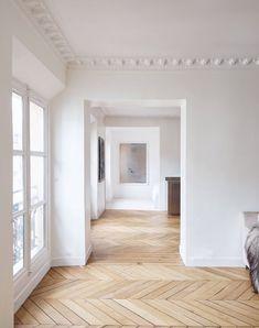 Home Decor Recibidor .Home Decor Recibidor Home Upgrades, Style At Home, Herringbone Wood Floor, Appartement Design, Design Living Room, Interior Decorating, Interior Design, Decorating Games, Interior Office