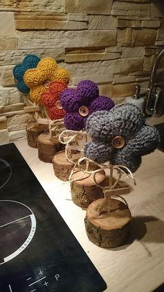 Crochet Wool, Easter Crochet, Thread Crochet, Love Crochet, Crochet Flowers, Flower Patterns, Crochet Patterns, Crochet Keychain Pattern, Baby Girl Crochet